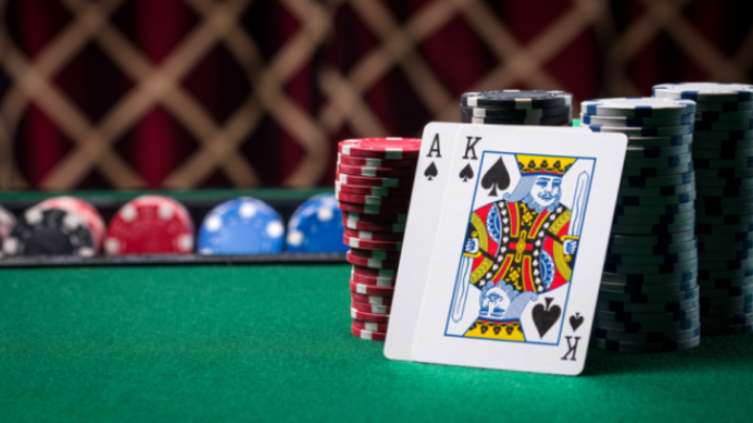 Waspadai Etiket Poker Online